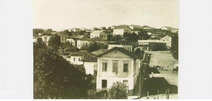 Vista parcial do centro da cidade com destaque do sobrado da Família Bacha