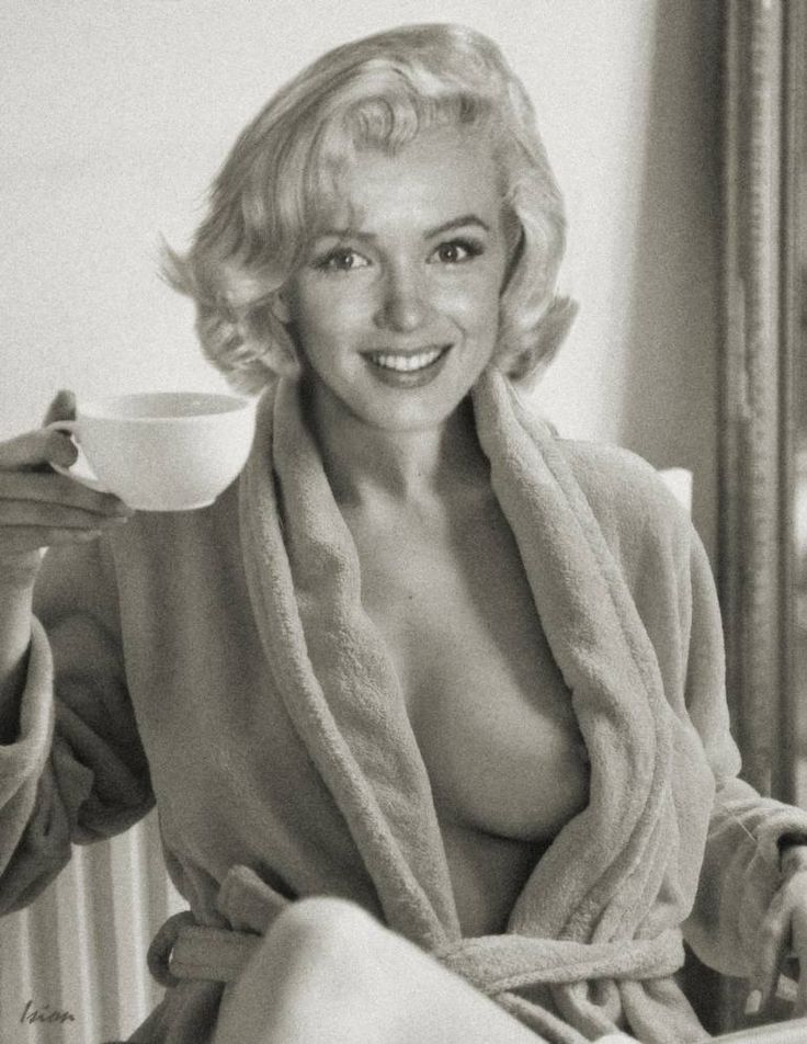 Suggest Naked photos of marilyn monroe phrase