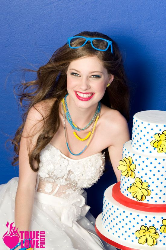 pop art wedding ideas. hair and make up www.imakebeautiful.com/ cake www.sweetcakesbyrebecca.com/ photo by www.truelovephoto.comWedding Hair, Makeup, Retro Style
