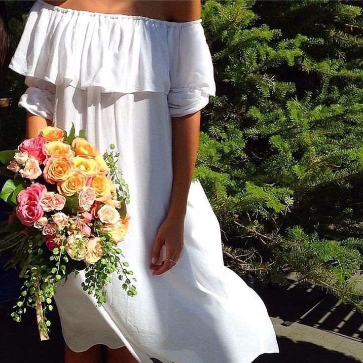 Pure summer vibes from@ioanauretu in Mastij off-the-shoulder dress.