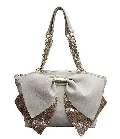 LOVE this Betsey Johnson purse!