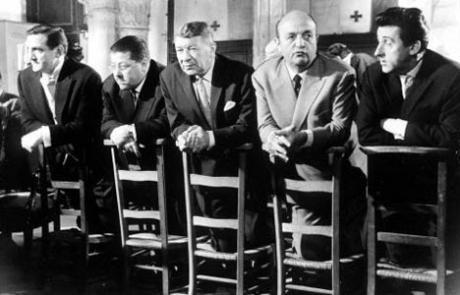 Les Tontons Flingueurs  film franco-germano-italien, réalisé par Georges Lautner et dialogué par Michel Audiard, sorti sur les écrans en 1963.