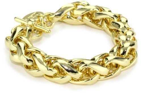 1AR by UnoAerre 18k Gold Plated Herringbone Link Bracelet 1AR by UnoAerre. $115.00. Made in Italy. Clean with soft dry chemical free cloth only. Products are manufactured by Italy's renown gold craftsmen. Special technology futher protects each piece from color fading. 18KT Gold Plated herringbone link bracelet
