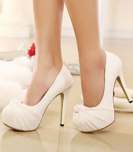 Classy Bow Design White High Heel Shoes