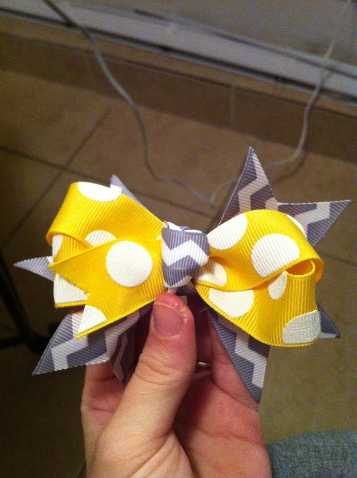 Handmade small hair bow $5 www.facebook.com/sophiasbowtique13