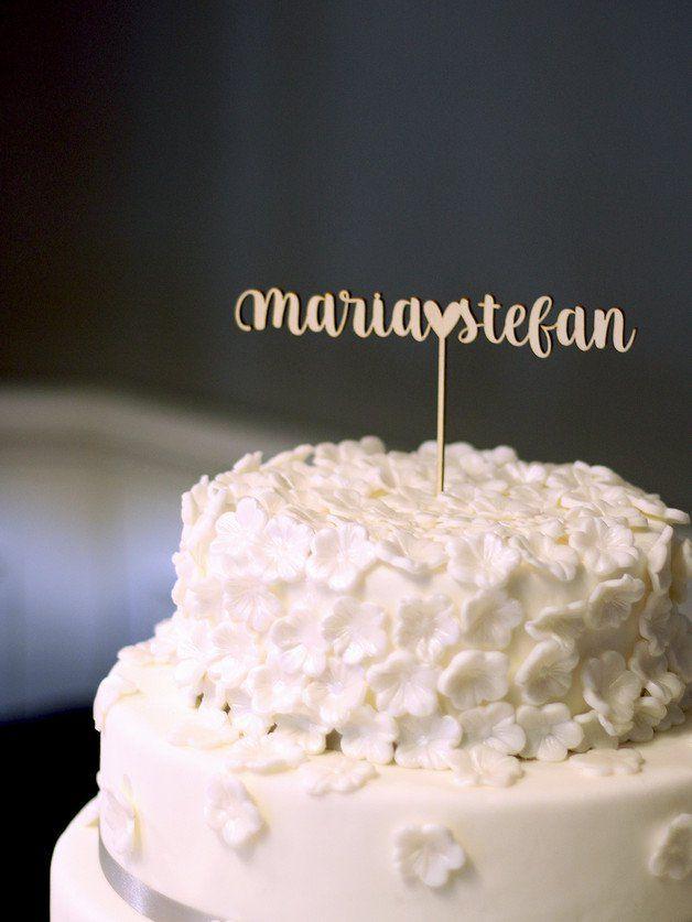Hochzeitstorte dekorieren: Cake Topper individualisierbar aus Holz ...