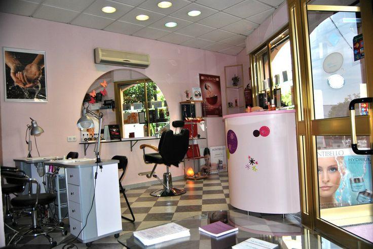 http://portalumbrete.com/index.php/categorias/salud-y-belleza/peluquerias-y-estetica/155-salon-de-belleza-rosa