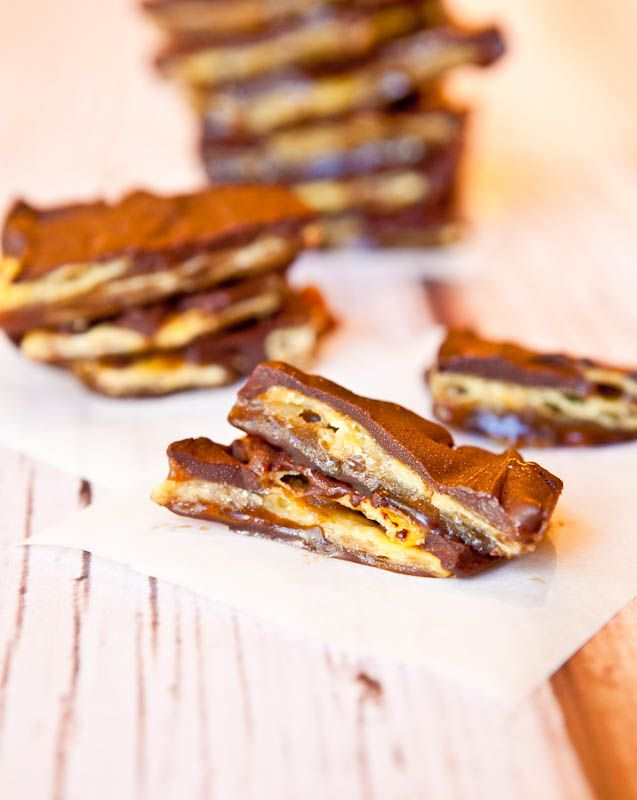 toffee chocolate saltines | Craft Ideas and Tasty Treats For Seniors ...