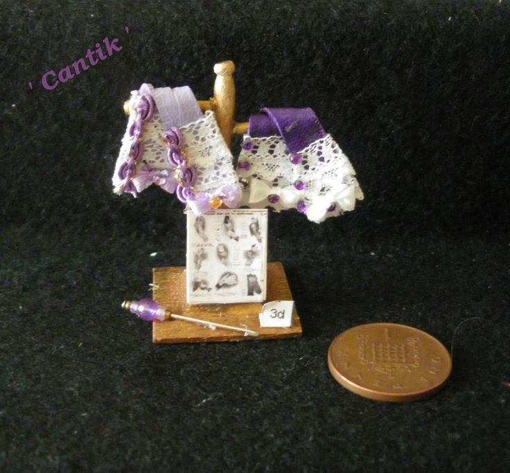 1:12 Scale Hand-Made Miniature LILAC / PURPLE LEATHER GLOVE SHOP DISPLAY STAND