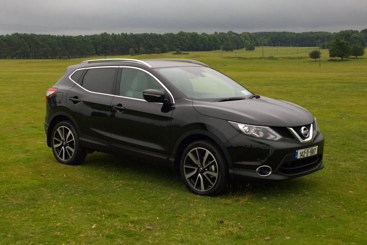 The new Nissan Qashqai is a good looking crossover SUV