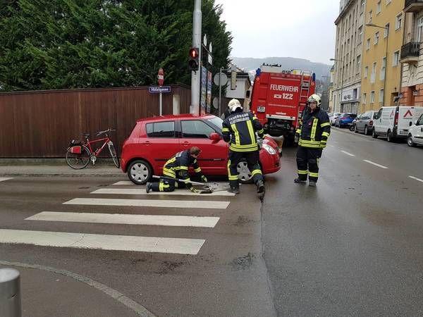 Feuerwehr Klosterneuburg bei zwei Unfällen im Einsatz