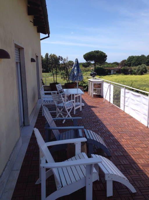Se lige det her fede opslag på Airbnb: 1. floor apartment + 40 m2 terrasse - Lejligheder til leje i Anzio