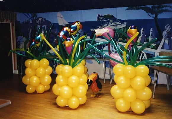 76 Best Images About Caribbean Party Ideas On Pinterest: 9 Best Images About Under The Sea Beach Theme Balloon