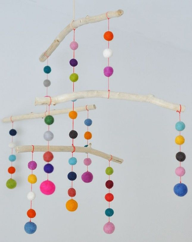 30 Baby Mobiles to Buy or DIY via Brit + Co.