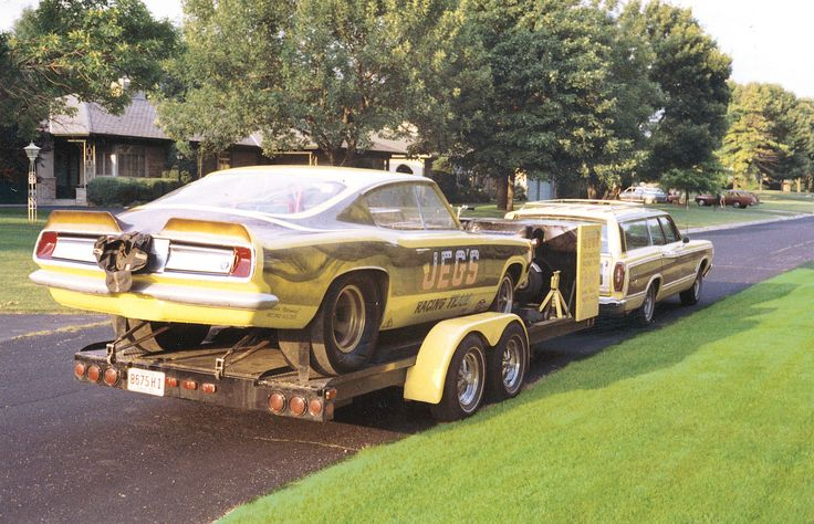 JEGS Throw-back Thursday! From the Coughlin family archives.Is this setup a cool way to travel to the track?