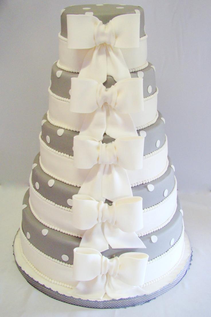 Bruidstaart met strik