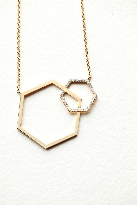 NEW Interlocking Necklace