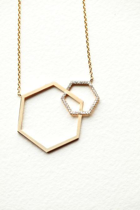NEW Interlocking Necklace