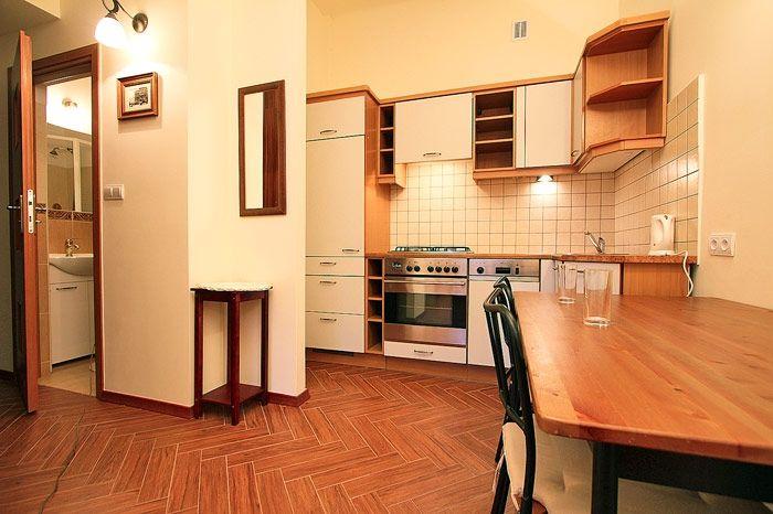 Apartamenty Warszawa - tanie noclegi w warszawskich ...
