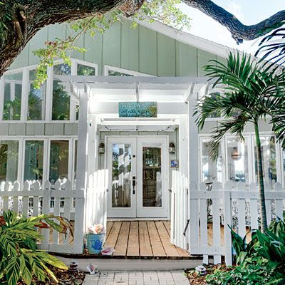 7 steps to casual beach decor - Key West Style Home Decor