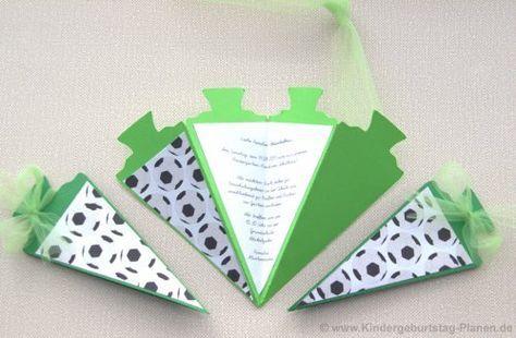 """Einladung zur Einschulung oder Karte zum Schulantritt - diese Karte in Form einer Schultüte passt zum Thema """"Erster Schultag"""" und der Text lässt sich beliebig formulieren."""