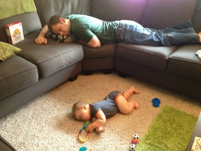 20hilarious photos showing that kids can fall asleep literally anywhere