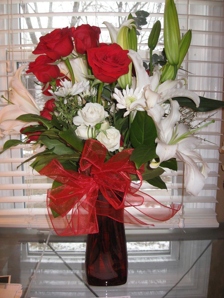 58 best valentine 39 s ideas images on pinterest for Valentines day flower ideas