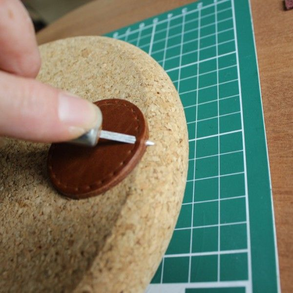 Piercing leather for Butt stitch