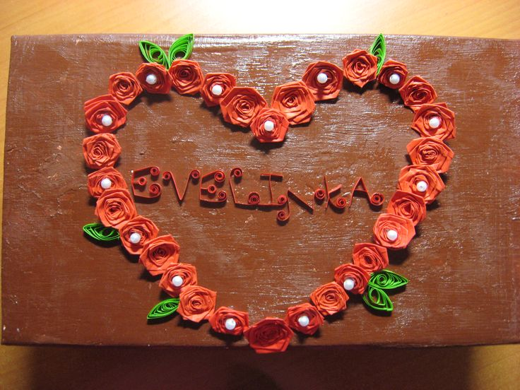 box of quilling roses with name