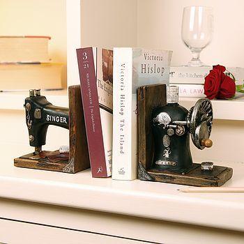 Singer Book Ends Gift Set Vintage Singer Sewing Machine Book End http://shannonssewandsew.com