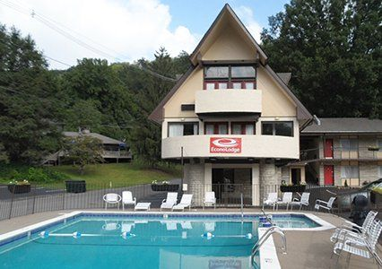 Hotel Photo Gallery, Quality Inn, Hotels in Gatlinburg, Tennessee
