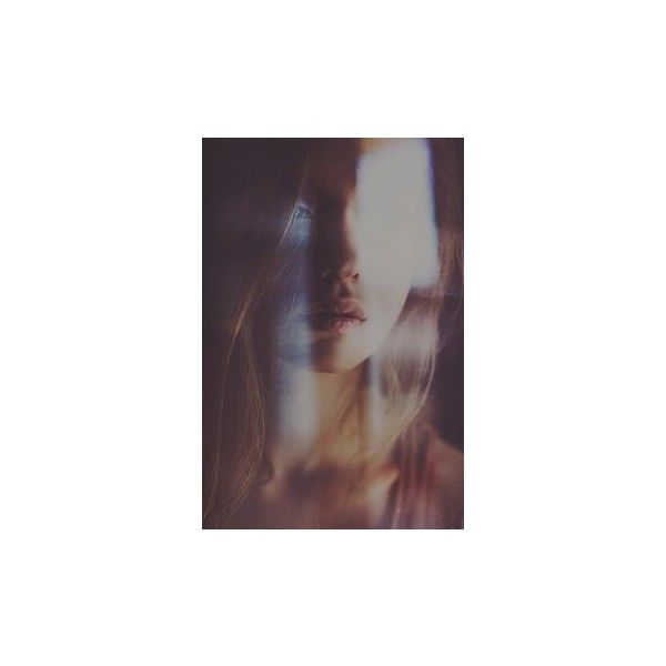 Romanttiset Kirjat ❤ liked on Polyvore featuring photos, pictures, girls and photography