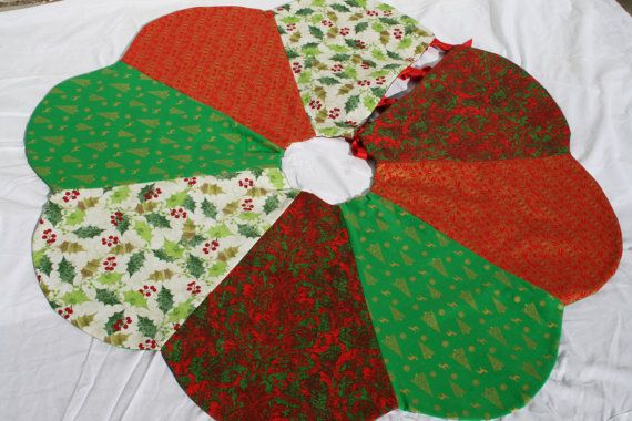 Reversible Christmas tree skirt handmade quilted by MamaKikis