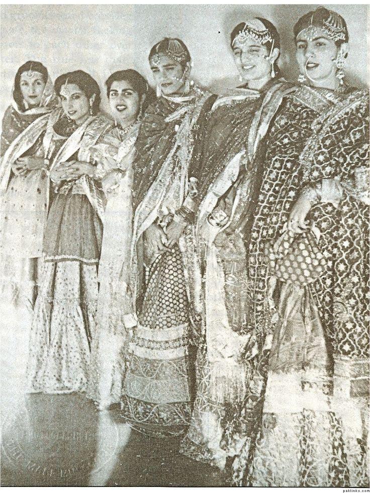 Ladies of the Royal Court - Rampur  - ♥ Rhea Khan