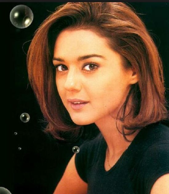 10 Best Hairstyles of Preity Zinta