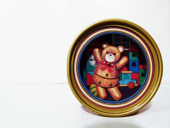 1 Vintage music box with dancing bear made in Japan di RobeRetro