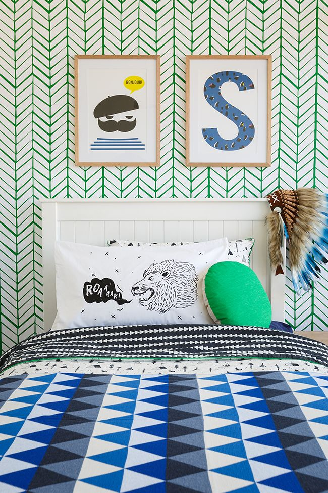 Blue Boys Room via Little Peanut Magazine featuring #serenanadlily Feather Wallpaper in Clover.