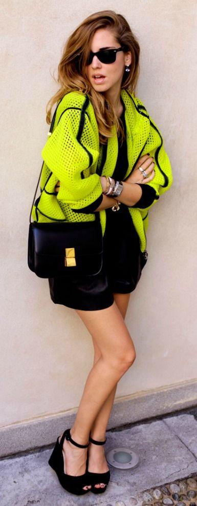 Street style - her sunglasses <>3