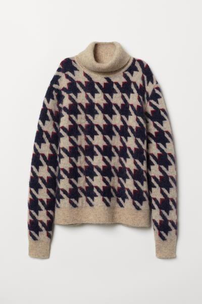 Knit Turtleneck Sweater in 2019   Outfits   Sweaters, Beige sweater ... 1ea91e09ed