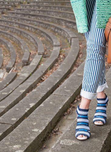 #fashionblog, #girlaporter, #fashion  coat: H&M, sweater : Gerry Weber, pants: Massimo Dutti, shoes : LK Bennet, bag: Furla, sunglasses: Louis Vuitton