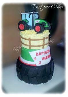 Gâteau d'anniversaire tracteur Claas