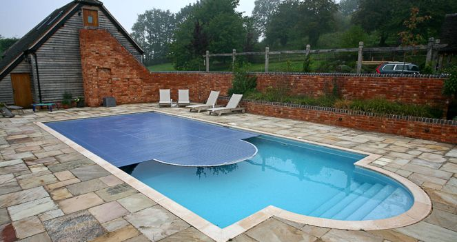Each pool type varies because of the method of construction of the basin. Following are the common methods of constructing swimming pools used by pool contractors.