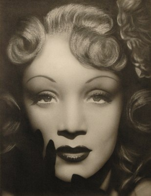 Marlene Dietrich <3 One of my biggest inspirations in high school.