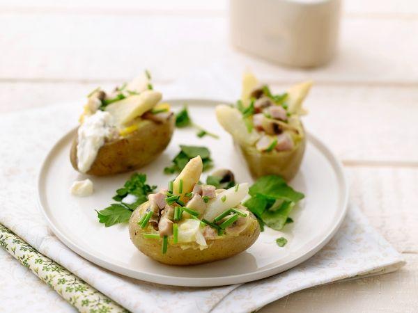 Gevulde aardappelen met asperges en ham. Lekker aardappelgerechtje - Libelle Lekker!