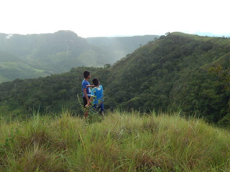 Joselín y Armando en los llanos orientales. Colombia