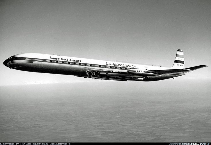 De Havilland DH-106 Comet 4C aircraft picture
