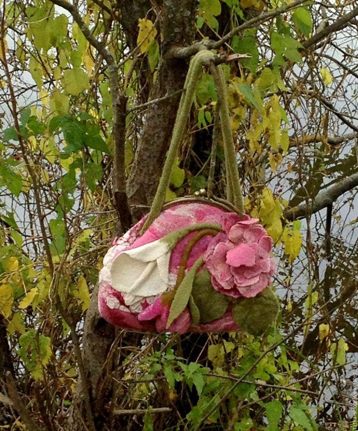 """Купить Валяная сумочка """"Элизе"""" - комбинированный, цветочный, валяная, сумка, с цветами, шерсть, шёлк"""