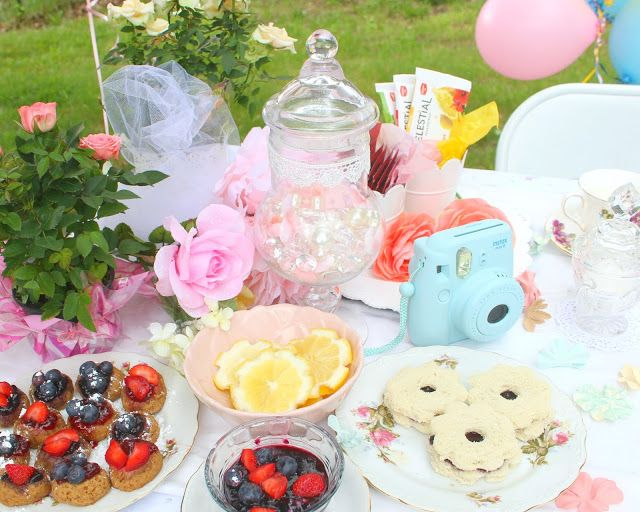 Spring Garden Tea Party CLICK TO READ #tea #fashion #floral #party #diy #teaparty #diyteaparty #decor #decorations #treats #sweets #summer #spring #garden #gardenparty #gardenteaparty #howto #teapartydiys #teapartysnacks #vintage #girly #sundress #teapartyfashion #style #elegant #crafts #diys #pastel #flowers #picnic #vegan #teacups #antique #teapot #snack #jellycookies