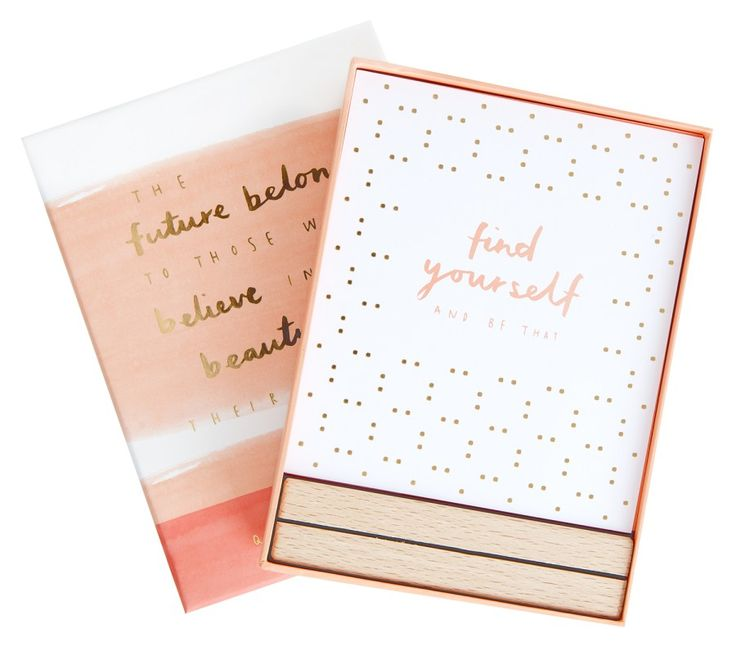 These 12 gorgeous Quote Cards with wooden stand are perfect for motivating & inspiring you each day