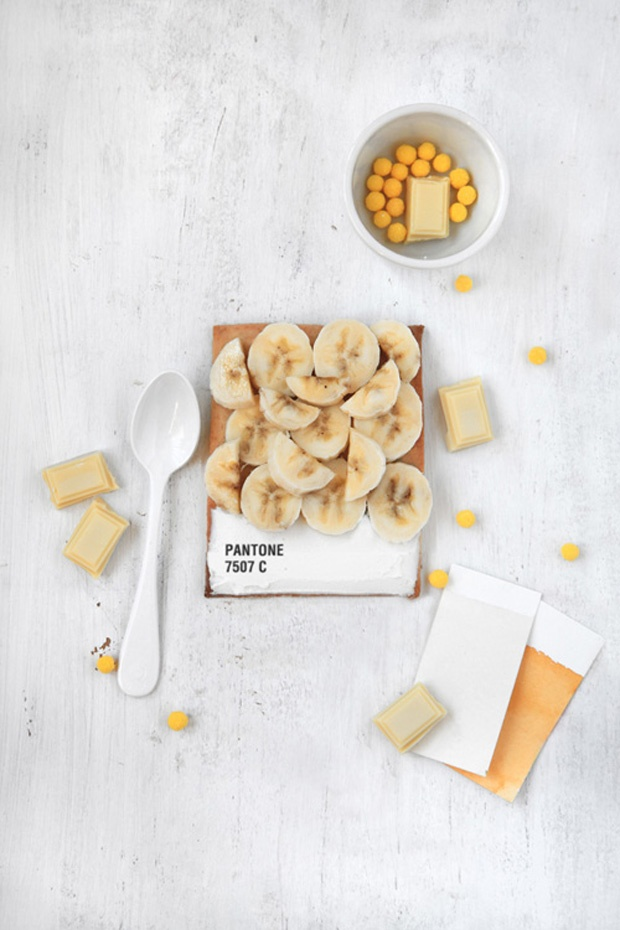 pantone tarts by emilie de griottes  #pantone#tarts#emilie de griottes#food#cake#sweet#color#colour#french#culinary#recipe#fricote#magazine#creative food#chocolate#milk#banana#yellow#